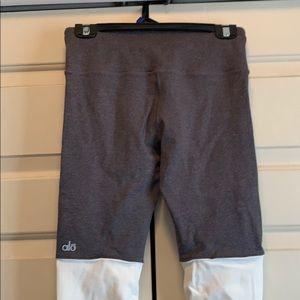 Alo Yoga Scrunchie Bottom Yoga Leggings